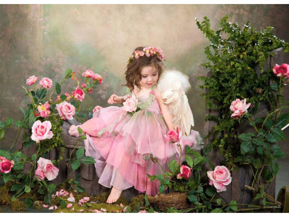 Девочка с цветами открытка 3